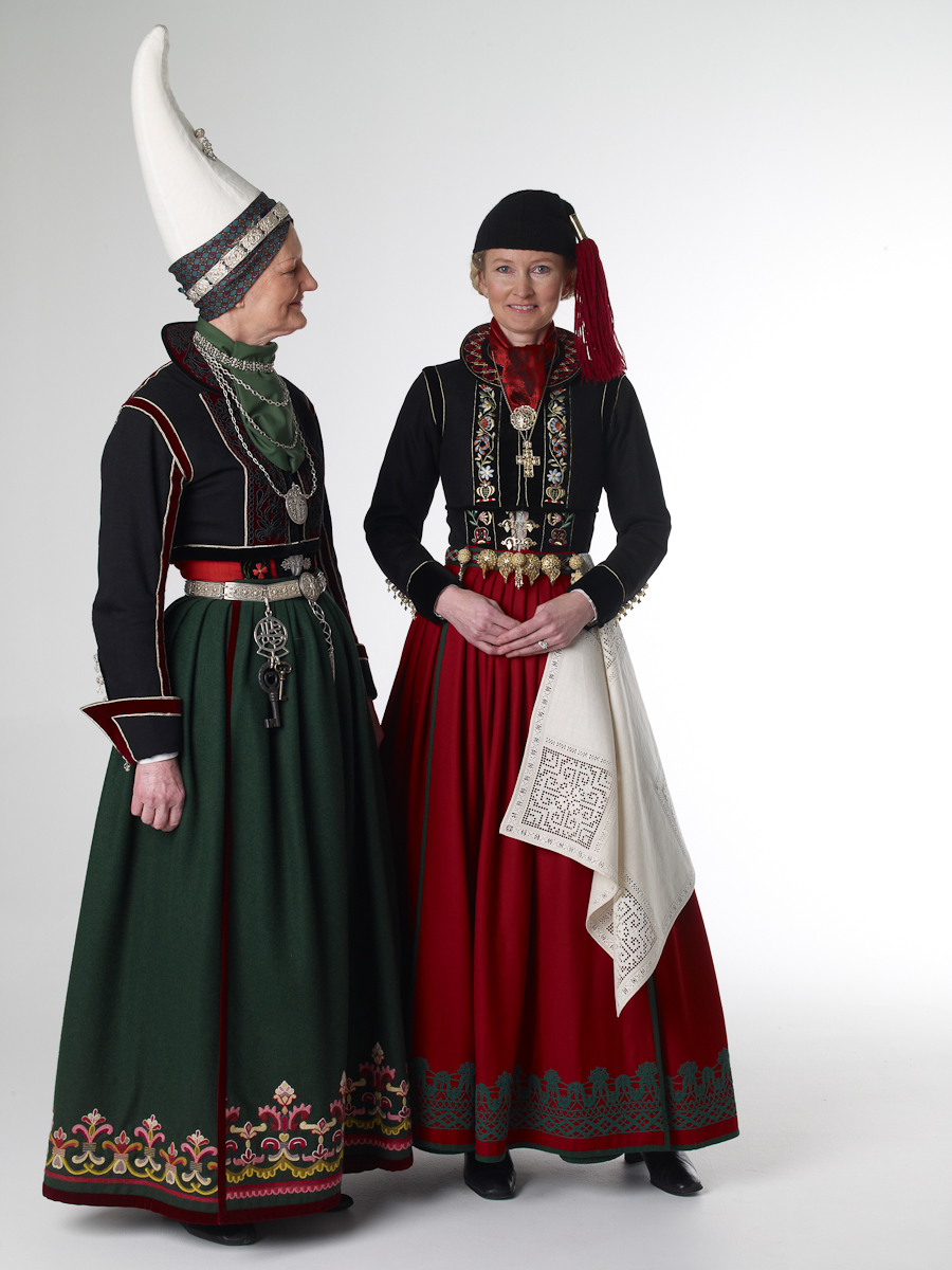 Oldest person of the Icelandic National Costume