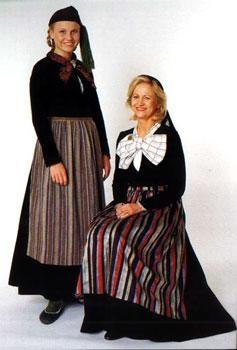 Peysuföt and variants