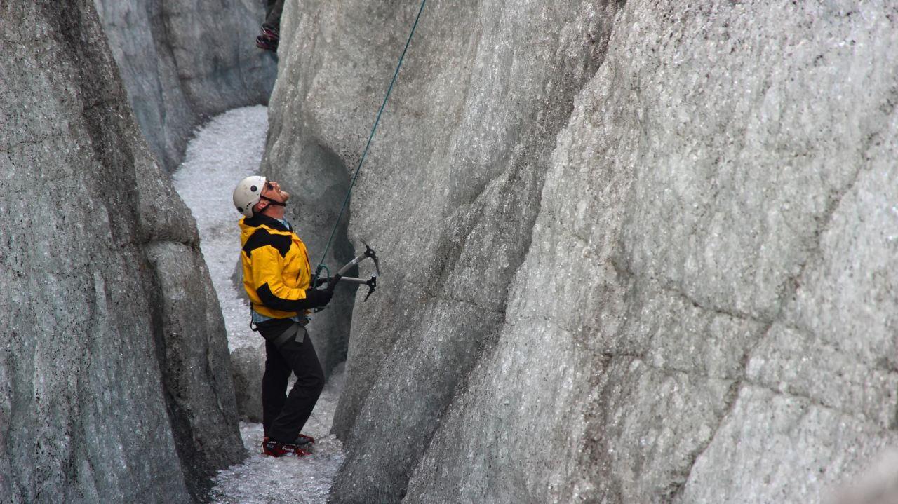 Svínafellsjökull Ice Climbing