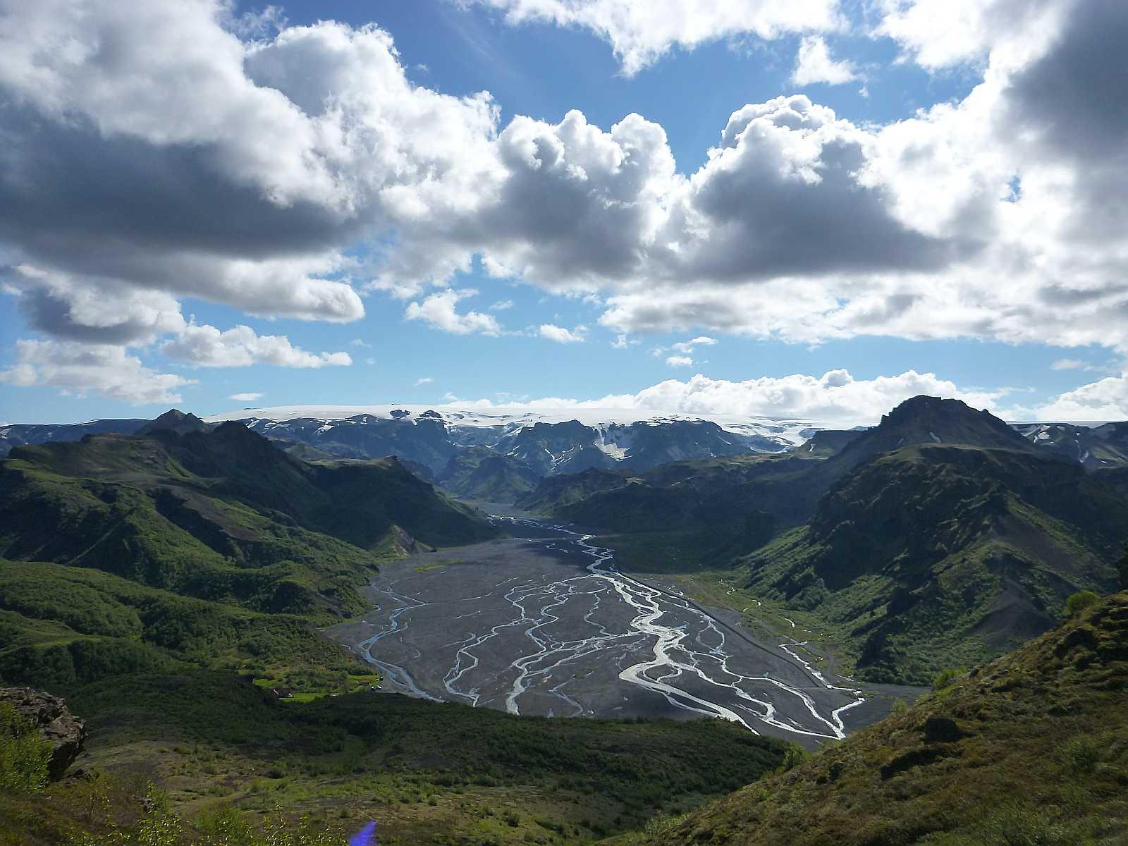 Looking over Þórsmörk and Eyjafjallajökull glacier