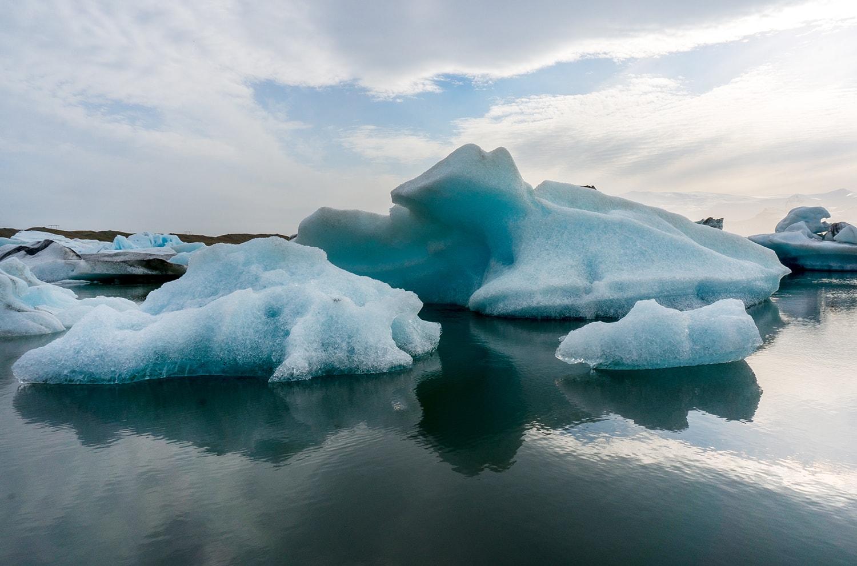 Icebergs floating on the glacier lagoon