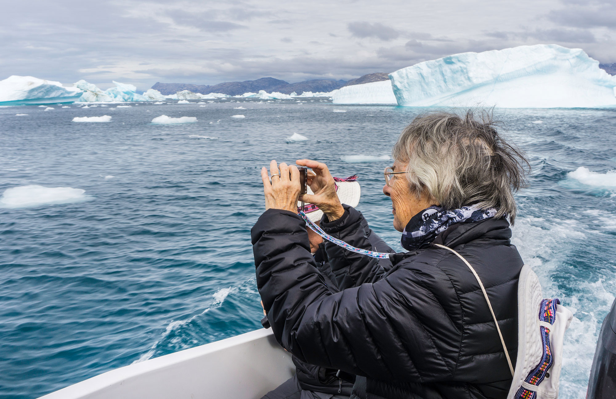 Photographing the Iceberg Spectacle