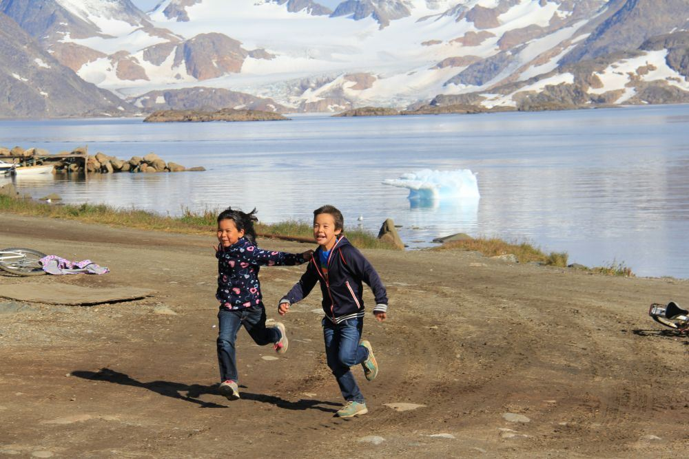 Greenlandic kids playing in Kulusuk